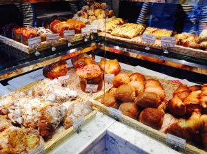 Les viennoiseries - special french vocabulary just for these morning delights