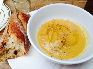 Split pea soup with batard